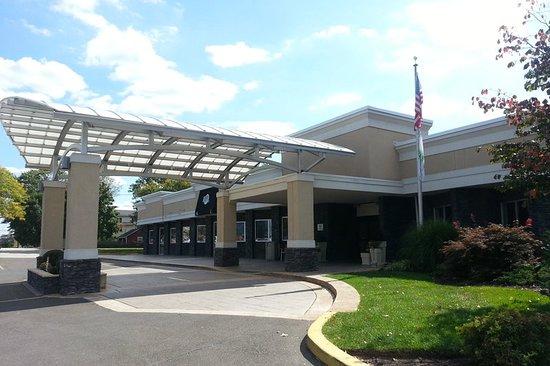Kulpsville, Pensilvanya: Exterior