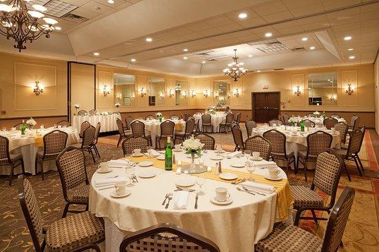 Auburn, NY: Ballroom