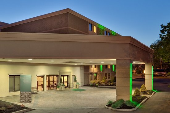 Holiday Inn Auburn - Finger Lakes Region: Exterior