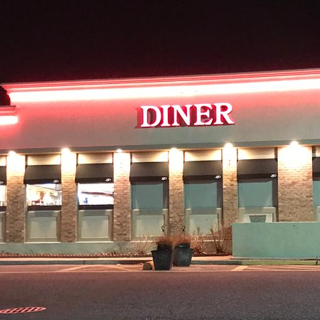 Mount Sinai, NY: The Heritage Diner