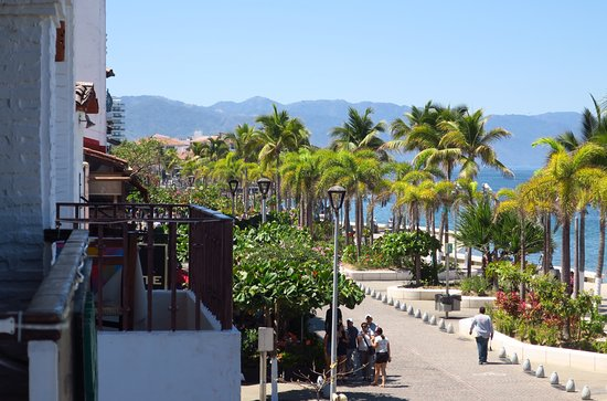 La Chata : A balcony view - great people watching