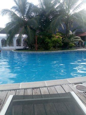 Hôtel avec piscine vue sur mer