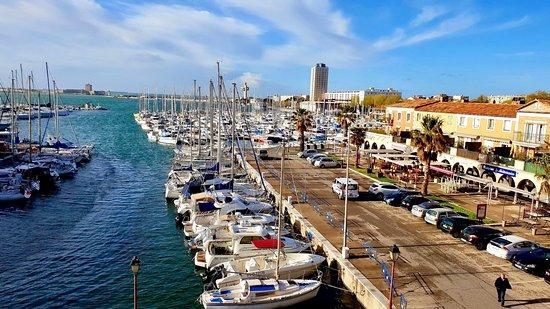 B&B Hôtel Martigues Port de Bouc : Vu depuis notre chambre