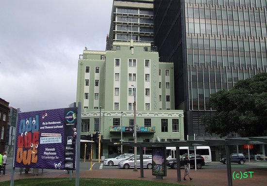 Hotel Waterloo & Backpackers