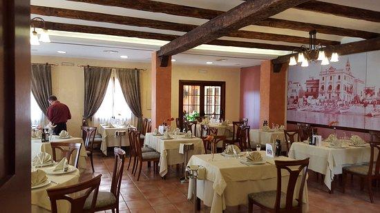 Mas Romeu Restaurante: Один из залов