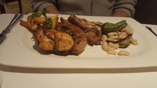 Mas Romeu Restaurante: Блюдо с 4-мя видами мяса