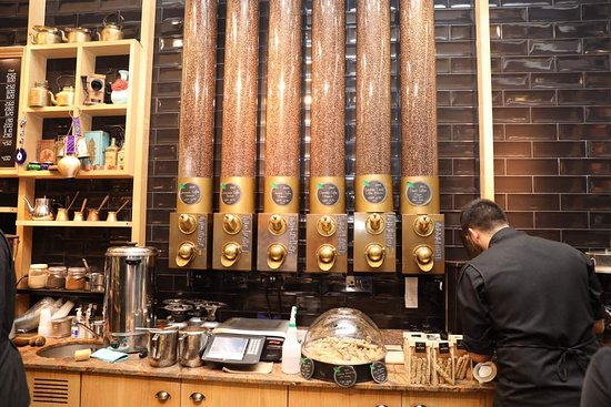 carpo piccadilly: Their coffee is a must try