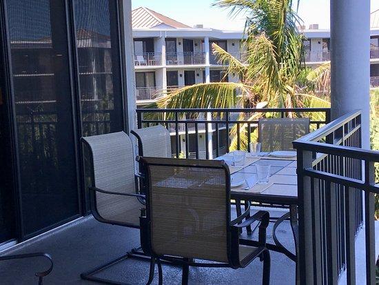 1800 Atlantic Suites: balcón