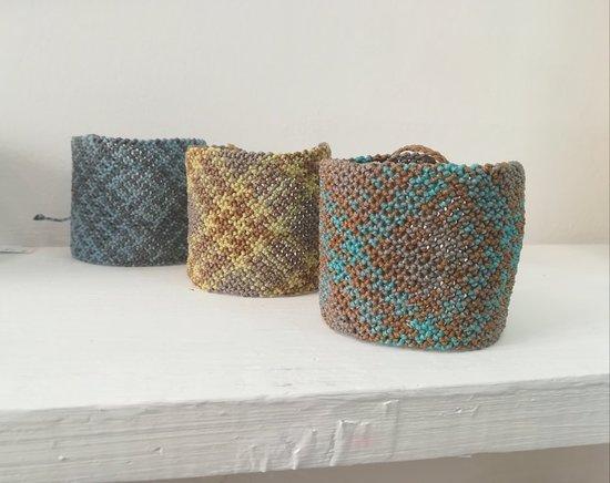 Gallery X Art Studio: Macrame bracelates.