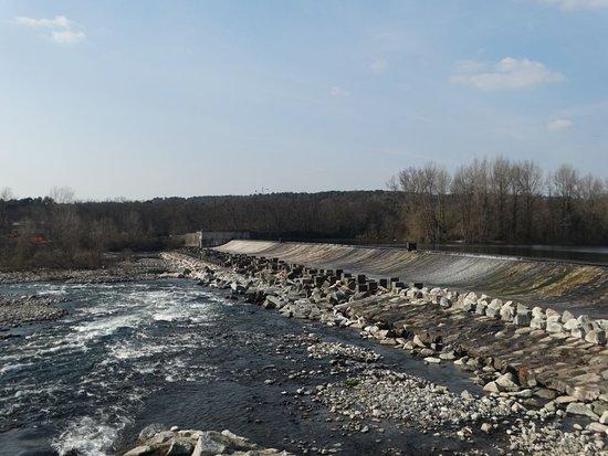 Dighe del Panperduto: lo sfioramento dell'acqua