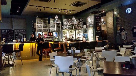 Taps Beer Bar : 20180411_184648_large.jpg