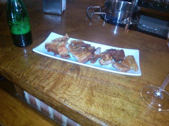 Hotel Posada Fuentes Carrionas: Con el aperitivo en barra empezamos muy bien.