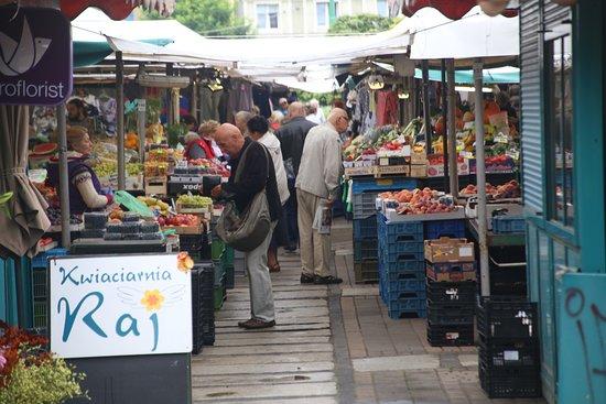 Market at Plac Wielkopolski