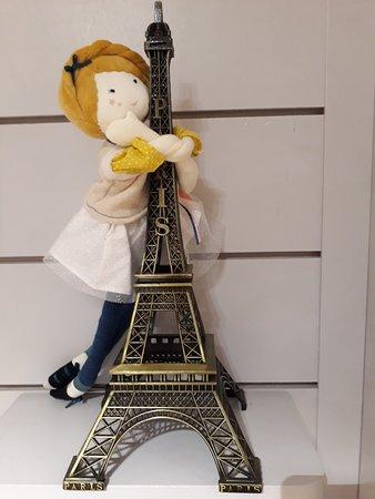 Moulin Roty   Mademoiselle Églantine s empare de la Tour Eiffel !  Rendez-vous 167b6e39246b