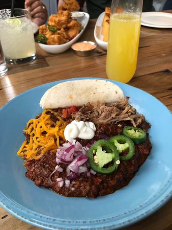 Feed Company Eatery & Bourbon Lounge: Pulled Pork Chili- was fantastic!