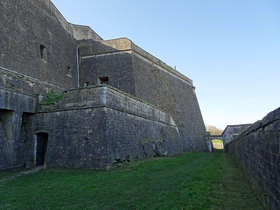 Citadelle de Montmédy: Fossés