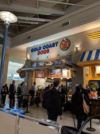 gold coast dogs at midway chicago restaurant reviews phone number photos tripadvisor