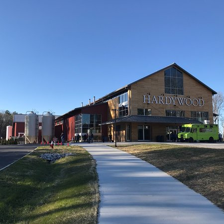 ‪Hardywood Park Craft Brewery‬