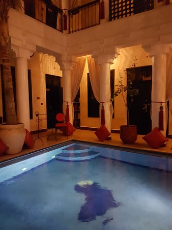 Riad Africa and Spa: Main reception and center of Riad
