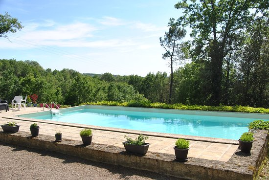Simeyrols, France : Pool 12m x 6m with terrace (sun loungers available)