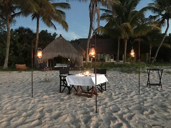 Benguerra Island, Mozambique: private dinner in front of the Cabana