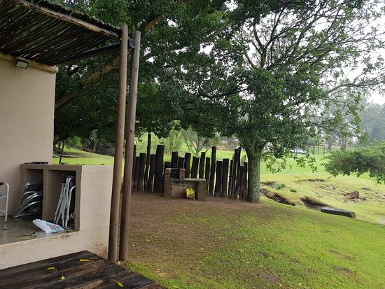 Rorke's Drift, Sudáfrica: Kubili braai should you wish to self cater