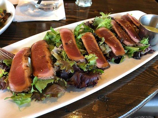 Mundelein, IL: Ahi tuna appetizer