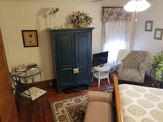 Rose & Thistle Bed & Breakfast: Nicki's Room