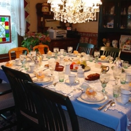 Rose & Thistle Bed & Breakfast: First course of a full breakfast ready for the guests