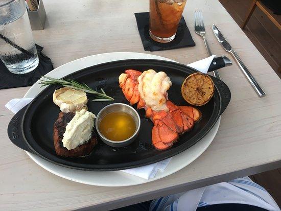 Boatyard Restaurant: Filet and lobster