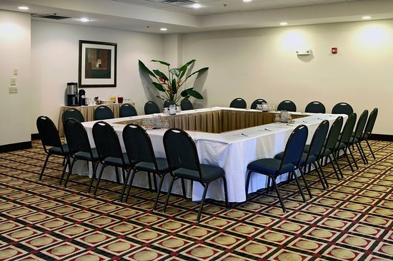 Dumfries, VA: Meeting room