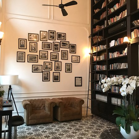 The Alcove Library Hotel: photo1.jpg