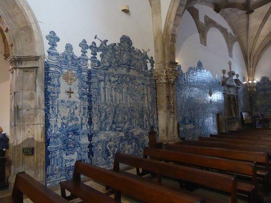 Igreja E Mosteiro Da Santa Cruz: Portugiesische Fliesen Mit Szenen Aus Der  Bibel In Der