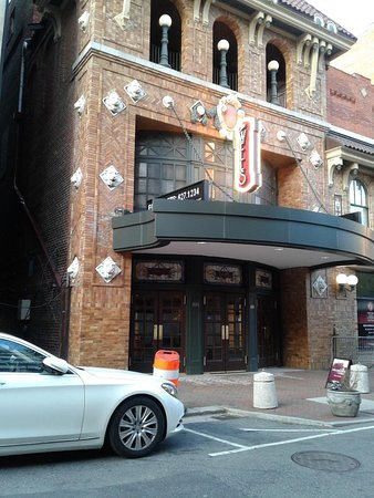 Virginia Stage Company at The Wells Theatre: Another view of the entrance to VA Stage Company