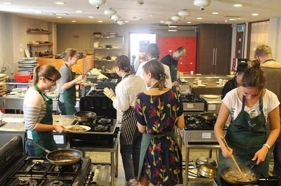 Beginner Cooking Class Experience of...