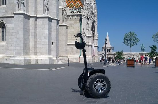 Buda Castle Sightseeing tour with Segway style