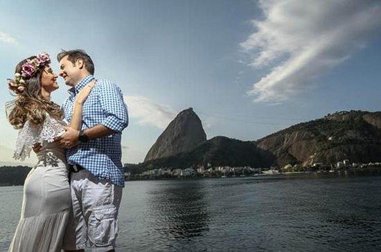 Engagement Photographer in Rio de...