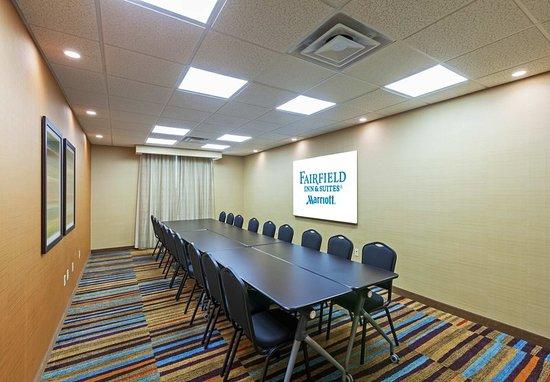 Fairfield Inn & Suites Tulsa Downtown: Meeting room