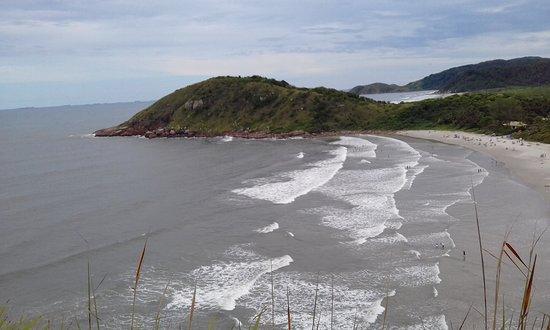 Pousada Marimar: Praia em Brazílias, atrás Praia do Miguel (Morro do sabão) depois Encantadas