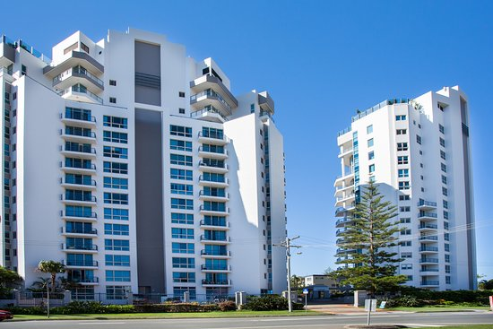 Oceana on Broadbeach: 2 towers
