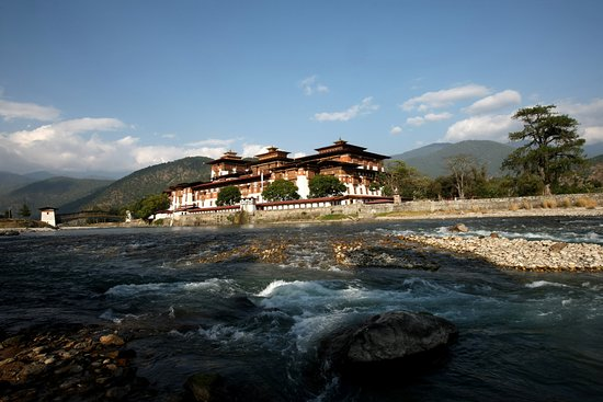 ‪Metho Bhutan Tours & Treks‬