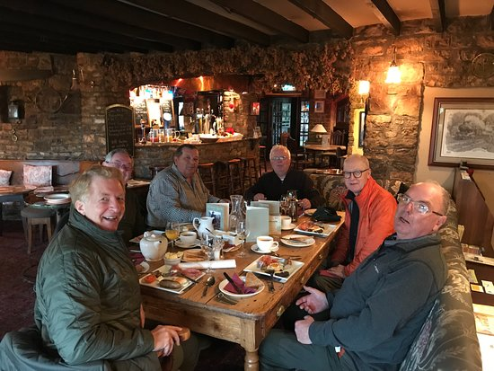 Clutton, UK: Great food and super service. Due to our fishing itinerary they opened up for an early breakfast