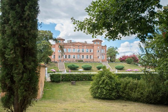 L'Honor-de-Cos, France : Château