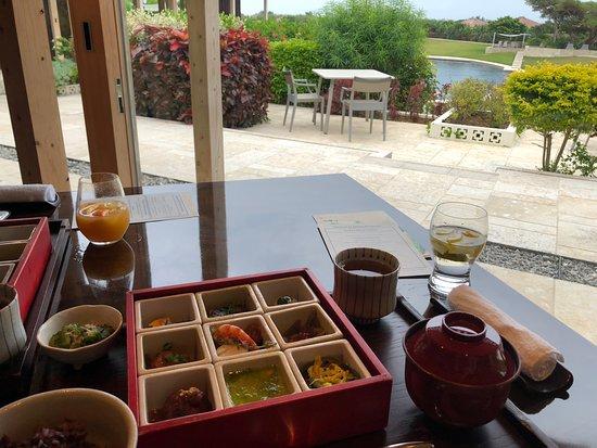 HOSHINOYA Taketomi Island: Breakfast at Restaurant
