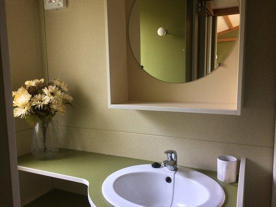 Casciano, إيطاليا: chalet e case mobili con bagno privato