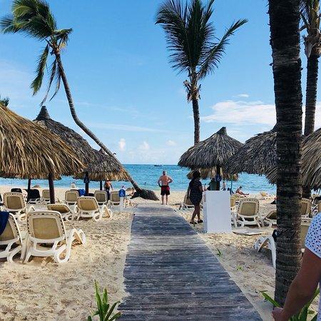 Fotos do hotel, praia, bebidas pina colada e mama juana, comidas