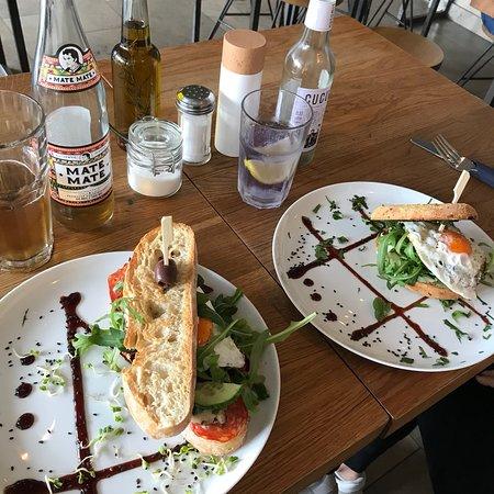 zweiviertel bar w rzburg restaurant bewertungen telefonnummer fotos tripadvisor. Black Bedroom Furniture Sets. Home Design Ideas