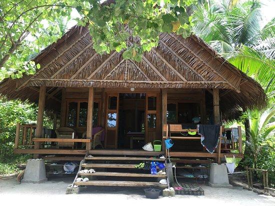 Mentawai Islands, Endonezya: Our Villa