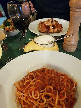 Valentino Ristorante & Pizzeria: Mains