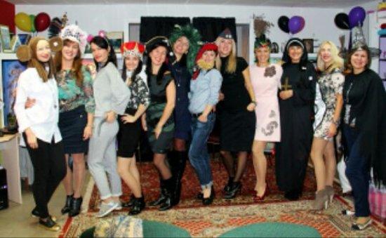 Dniprodzerzhynsk, ยูเครน: Красивые девушки! )